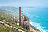 Towanroath Engine House, part of Wheal Coates Tin Mine, UNESCO World Heritage Site, on the Cornish coast near St. Agnes, Cornwall, England, United Kingdom, Europe