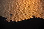 Sonnenuntergang in der Bucht von Portoferraio, Elba, Toskana, Italien
