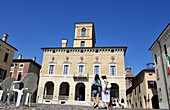 am Piazza Ducale in Sabbionetta, Lombardei, Italien