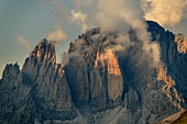Cloud mood at Fünffingerspitze and Langkofel, from the Sass d´Adam, Dolomites, UNESCO World Natural Heritage Dolomites, Veneto, Veneto, Italy