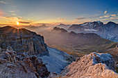 Sunrise over Antelao, Pelmo, Civetta and Marmalada, from the Sella Group, Sella Group, Dolomites, UNESCO World Natural Heritage Dolomites, Veneto, Veneto, Italy