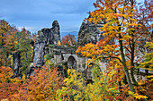 Autumn mood at the Bastei, Bastei, Saxon Switzerland National Park, Saxon Switzerland, Elbe Sandstone, Saxony, Germany