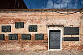 View of the Holocaust memorial a wall in Campo de Ghetto Novo in sestiere Cannaregio, Venice, Veneto, Italy, Europe