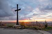 Kreuz auf der Kalb, Iphofen, Kitzingen, Unterfranken, Franken, Bayern, Deutschland, Europa