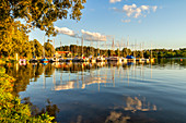Evening mood at Rorhsee, Roth, Middle Franconia, Franconia, Bavaria, Germany, Europe