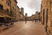 Piazza della Cisterna, San Gimignano, Province of Siena, Tuscany, Italy