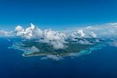 Luftaufnahme der Insel Moorea, Moorea, Windward Islands, Französisch-Polynesien, Südpazifik