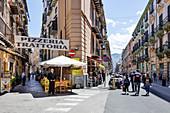 Fußgängerzone in der Innenstadt, Altstadt von Palermo, Sizilien, Italien