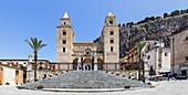 Der Dom von Cefalu, Sizilien, Italien
