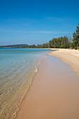 Seemingly endless Van Beach, near Cua Can, Phu Quoc Island, Kien Giang, Vietnam, Asia
