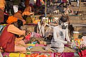 Hindu holy men, Dashashwamedh Ghat, the main ghat on the Ganges River, Varanasi, Uttar Pradesh, India, Asia