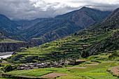 The village of Manang in the monsoon season, Nepal, Himalayas, Asia.