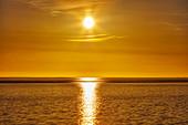 Sonnenuntergang an der Nordsee, Dagebüll, Schleswig-Holstein, Deutschland