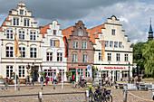 Gabled houses, Altstad, market square, Friedrichstadt, Schleswig-Holstein, Germany