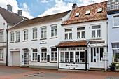 Old Ratscafe, Rathausmarkt, Schleswig, Schleswig-Holstein, Germany