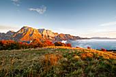 Der Monte Raut ist einer der größten Berge der Karnischen Voralpen in der Provinz Pordenone. Italien.