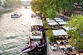France, Paris, area listed as World Heritage by UNESCO, Rives de Seine Park, cafe
