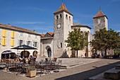 France, Tarn et Garonne, Lauzerte, labelled Les Plus Beaux Villages de France (the Most Beaul Villages of France), stop on El Camino de Santiago, the Cornieres square