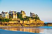 France, Ille-et-Vilaine, Dinard, Pointe de la Malouine, villas with a beach resort architecture, Roches Brunes villa (on the right)