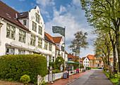 Alte Häuser am Hafen von Tönning, Nord-Friesland, Schleswig-Holstein