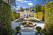 Park (Ostparterre) von Schloss Linderhof, Ettal, Allgäu, Bayern, Deutschland