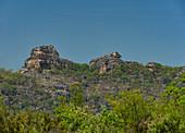 Felslandschaft und Vegetation im Kakadu National Park, Jabiru, Northern Territory, Australien