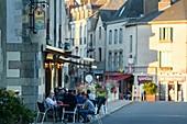 France, Ille et Vilaine, Redon, summer evening at terrace of pub O'Shannon