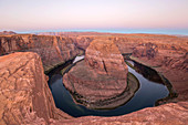 View from cliff edge over the Colorado River at Horseshoe Bend, dawn, Glen Canyon National Recreation Area, Page, Arizona, United States of America, North America