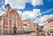 Eichstätt market square with Willibaldsbrunnen, Upper Bavaria, Bavaria, Germany