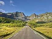 Stjerntinden, road to Nusfjord, Flakstadoya, Lofoten, Nordland, Norway