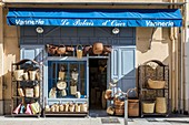 France, Alpes Maritimes, Nice, Old Nice district, basketry shop