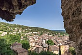 France, Var, Green Provence, Cotignac, the village since the caves of the cliff of tuff