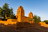 Sudano-Sahelian architectural style mosque in Yamma, Sahel, Niger, Africa