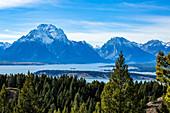 USA,Wyoming,Jackson,Grand Teton National Park,View of Grand Teton National Park from Signal Mountain