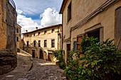 Walk through Castel del Piano, Tuscany, Italy, Europe