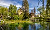Liebfrauensee vor der Marienkapelle in Bad Kissingen, Bayern, Deutschland