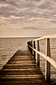 Pier in the North Sea in the evening mood, Cappel-Neufeld, Lower Saxony, Germany