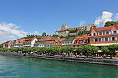 View over Lake Constance to the promenade of the town of Meersburg with its medieval castle, Baden-Wuerttemberg, Germany