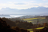 View from the Ratzinger Höhe to the Chiemsee, Chiemgau, Upper Bavaria, Bavaria, Germany
