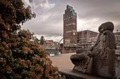 "Wedding tower and statue, UNESCO World Heritage Site ""Mathildenhöhe Darmstadt"", Darmstadt, Hesse, Germany"