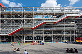Exterior facade Center Pompidou, Paris