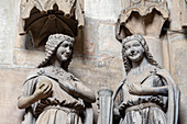 Two wise virgins, Magdeburg Cathedral, Saxony-Anhalt, Germany