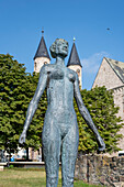 Swimmer by Jenny Mucchi-Wiegmann, Magdeburg Sculpture Park, Saxony-Anhalt, Germany