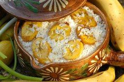 Light cuisine from Central & Latin America: rice & bananas
