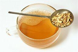 Soapwort tea (Saponaria radix)