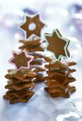 Gingerbread stars in a pile