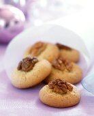 Walnut biscuits