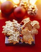 Chocolate biscuits with thyme & squirrel-shaped speculatius