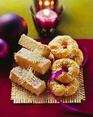 Cashew and lemon grass shortbread and sesame rings