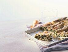 Ispanakli börek (spinach pie, Turkey)
